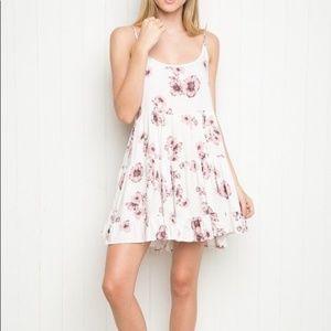 Brandy Melville Maia white floral dress